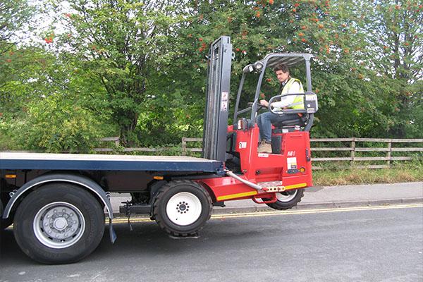 Moffett Forklifts Load Handling Solutions Uk